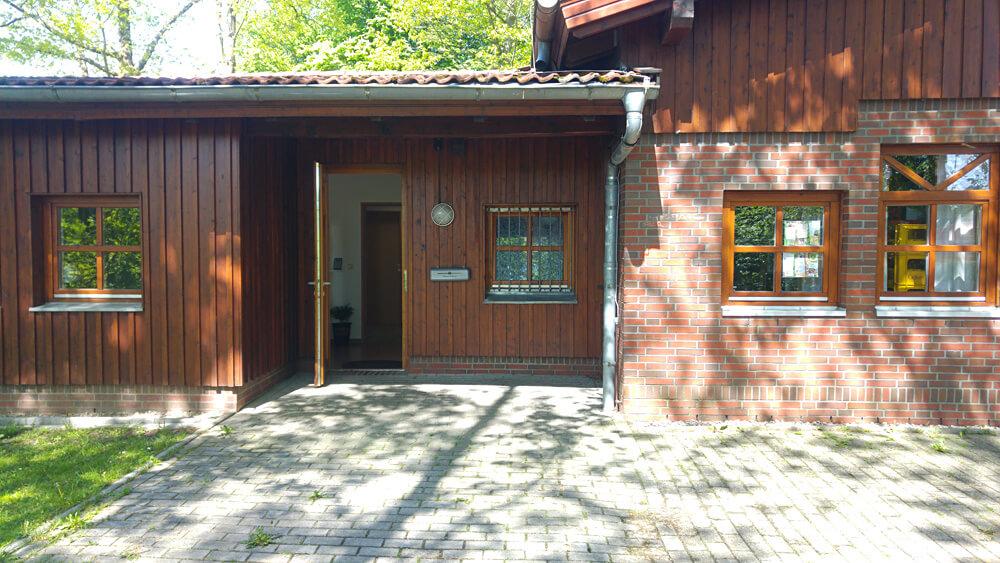 Eingang zu den Büros